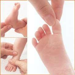 Cum se face masajul bebelusului